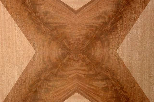 QUARTERED AND CROTCH AFRICAN MAHOGANY FOUR POINT STAR